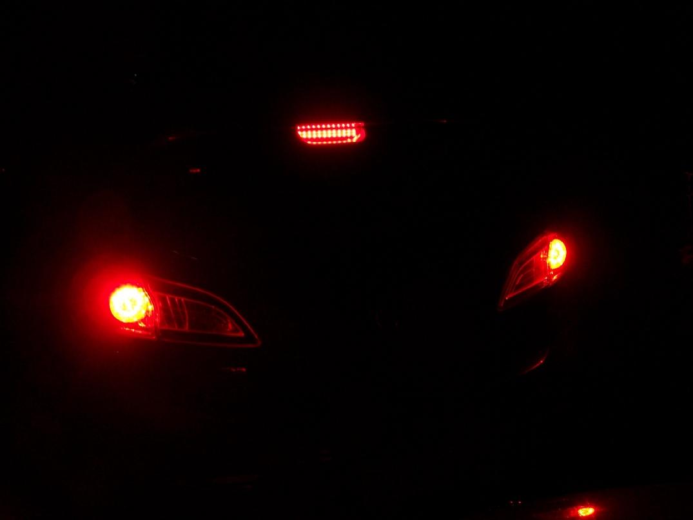 Click image for larger version  Name:led 3rd brake 1.JPG Views:256 Size:256.1 KB ID:2955