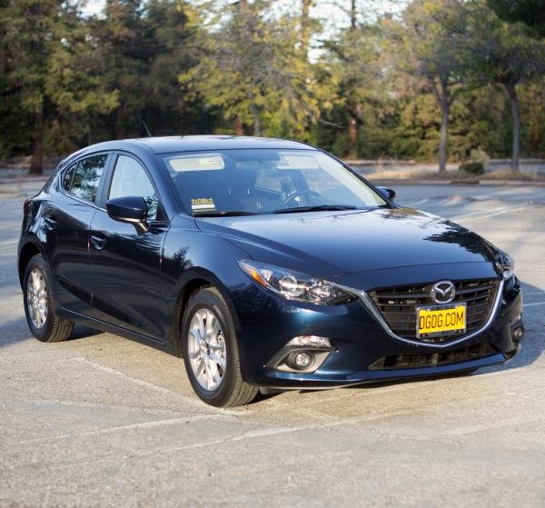 Showcase cover image for rdriggett's 2015 Mazda 3